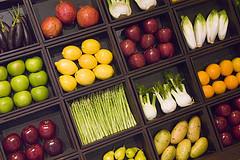 fruit_vegetable_box.jpg