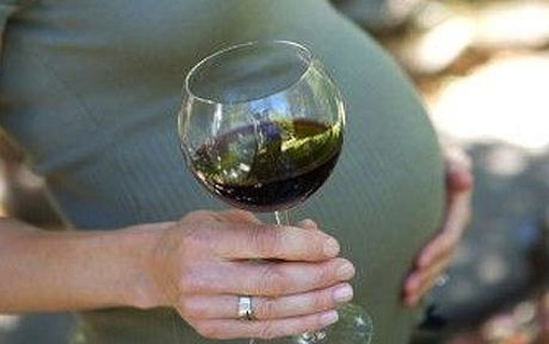 Drinking wine while pregnant